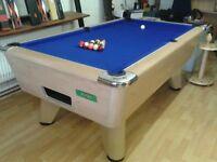 Supreme Winner Oak pool table. Unused. Hainsworth Match cloth