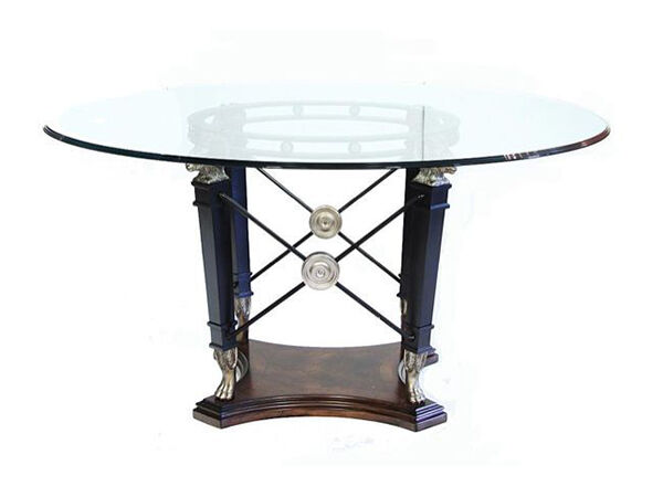 How to Remove Scratches From a Dining Table