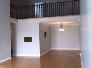 2bdrm 2-level LOFT condo - UNIQUE near Shubie Park -Dartmouth