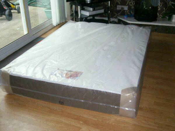 Luxury double memory foam mattress excellent quality never open or used still packaged can deliverin Basford, NottinghamshireGumtree - Luxury double memory foam mattress excellent quality reversible type one side memory foam the other side orthopaedic good for back and posture stretched micro fabric anti allergy never opened or used still in original packaging can deliver bargain