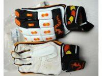 Batting Cricket Gloves (Wormwood) LH
