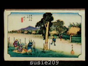 Vintage-Mid-Century-Japanese-Matchbox-with-Scenery-Sence-1