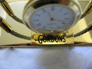 Gordon gin desk top letter, memo holder with clock