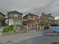 3 bedroom house in Moor Park Drive, Bradford, BD3 (3 bed)