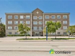 $319,000 - Condominium for sale in Bradford