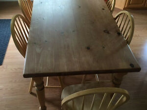 Mennonite Pine Harvest Dining Table