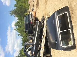 Parting out 70s and 80s gmc and Chevy . Blazer