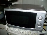 SAINSBURY STAINLESS STEEL MICROWAVE AND OVEN MODEL NO SKU 123464155