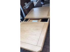 BRAND NEW* SOLID WOOD EXTENDING TABLE TOP ONLY!*