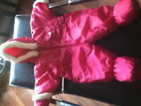 """Brand new!!""""Teddy's Choice"""" Beautiful Pink snowsuit 0-9 Months5$"""