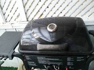 BBQ Grill, good condition and work perfectly, don't miss! West Island Greater Montréal image 4