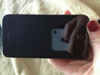 32 GB iPhone 4 - Good Condition, just switched carriers