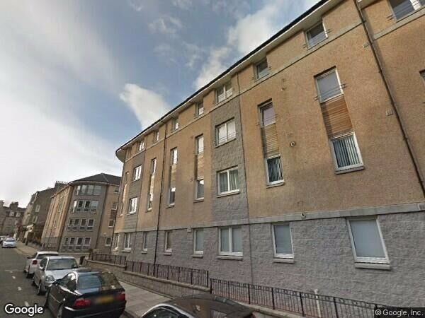 2 Bed unfurnished flat IMMEDIATE ENTRY