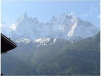 Lovely Chamonix city center apartment to rent, Try the alps for skiing in Winter absolutely magical