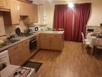 Double Bedrooms nr Universities and City Centre for Short Let