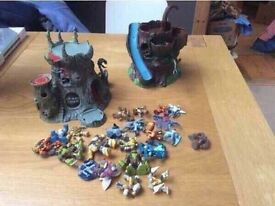 Gormiti Figures , Mountain, Castle Play Sets