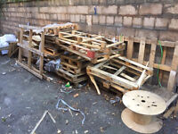 Free old broken pallets