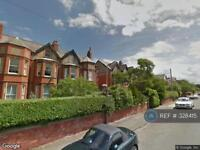 2 bedroom flat in Queens Road, Hoylake, Wirral, CH47 (2 bed)