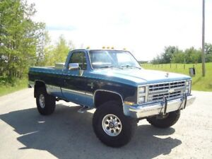 REDUCED !!! 85 K20 4x4 mint Square Body