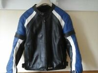 AKITO LEATHER SPORTS BIKE JACKET-EXCELLENT CONDITION-SIZE MEDIUM.