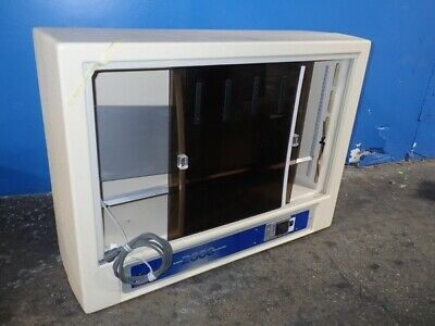 Coy Incubator 2000 In Excellent Condition