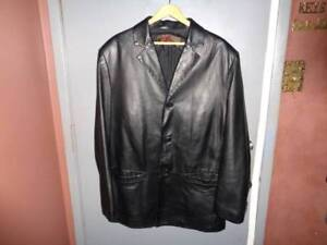 LIKE NEW VERY SOFT DANIER MENS LEATHER JACKET (LARGE