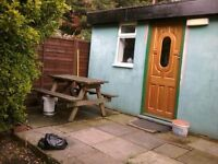 1 bed, zone 2, own garden, free parking bungalow to rent - £300 pw inclusive of all bills