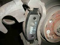 Mobile braking pads / discs replacement fiting - fixing at home.