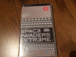 PSP Space Invaders Extreme