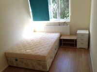 Cozy Double Room Accommodation Available in Putney