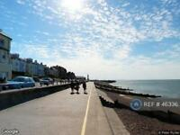 2 bedroom flat in Central Parade, Herne Bay, CT6 (2 bed)