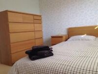 Double Room ENSUITE 5mins to Wood Green Station