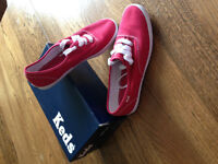 Ladies Red Keds Size 7