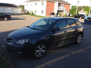 2007 Mazda Mazda3 Sport Manuelle 2500$ NÉGOCIABLE!!!
