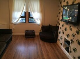 Single room to rent £400pm (still available)