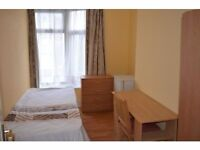 Single to rent located 2 mins away from Wood Green Tube and Shopping with all bills inclusive