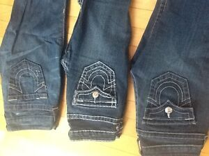 Brand new women's True Religion jeans with tags and retail bag! Edmonton Edmonton Area image 2