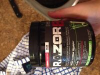 Full tub razor 8 preworkout highly concentrated