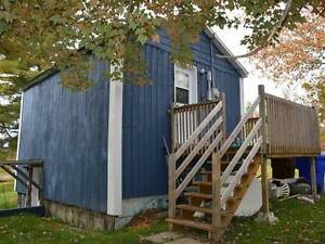 Perfect Small House in Country close to Skiing, Nature, + VIEWS West Island Greater Montréal image 4