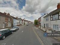 1 bedroom flat in Cricklade Rd, Swindon, SN2 (1 bed)