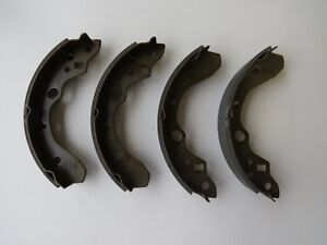 Mazda Protege 1999-2003 Drum Brake Shoe Set Rear B2YD2638Z