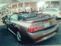 2002 Ford Mustang Coupé (2 portes) convertible