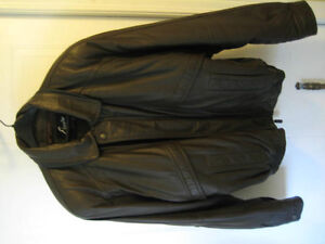 Esquire Deep Brown Leather Jacket Kitchener / Waterloo Kitchener Area image 1