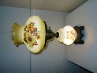 Lampe antique à 2 éclairages / Antique lamp with 2 lights