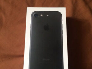 iPhone 7 Bell/virgin perfect condition