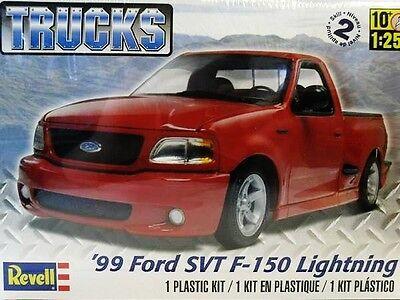 Revell Monogram 1999 Ford SVT F-150 Lightning Pickup Truck Model Kit 1/25