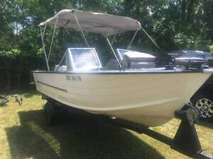 Aluminum Starcraft 16' Pleasure & Fishing Boat