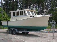 Trawler, Pilothouse, Cruiser, fiberglass displacement boat