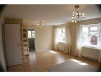 LOVELY BRIGHT AND SPACIOUS 2 BED APARTMENT IN STEYNING.