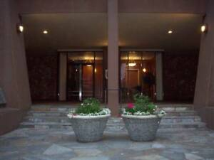 $1957 / 1br - 600ft2 - One Bedroom Downtown Westend